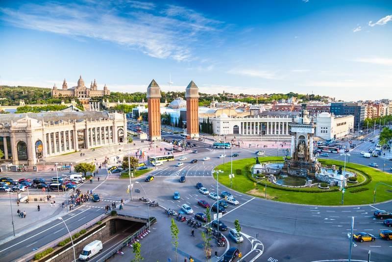 Place d'Espagne à Barcelone, avec vue sur Montjuic