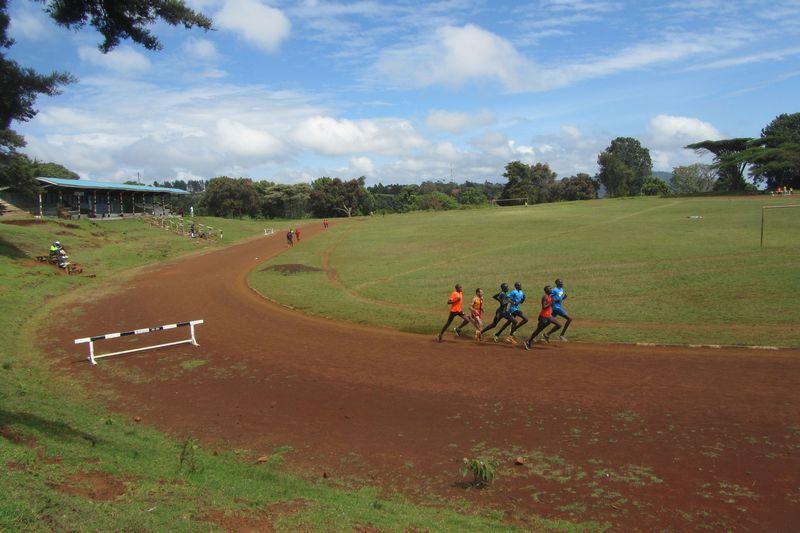 Courir avec les champions au Kenya