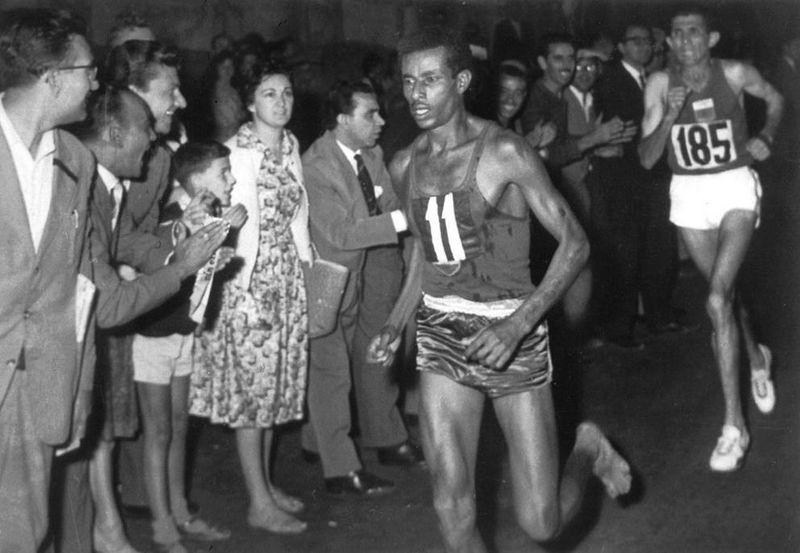 Adebe Bikila, l'homme qui courait pieds nus