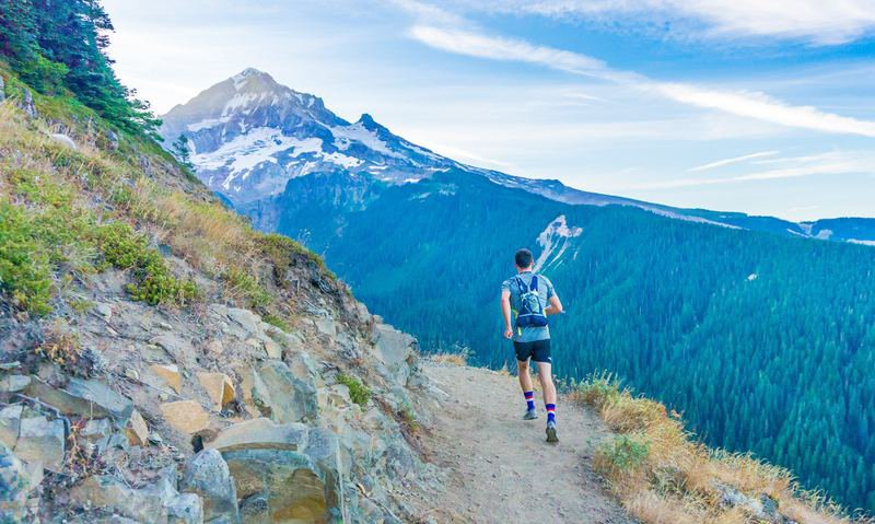 comment bien descendre en trail
