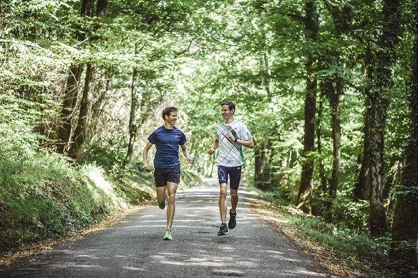 course-a-pied-deux-coureurs